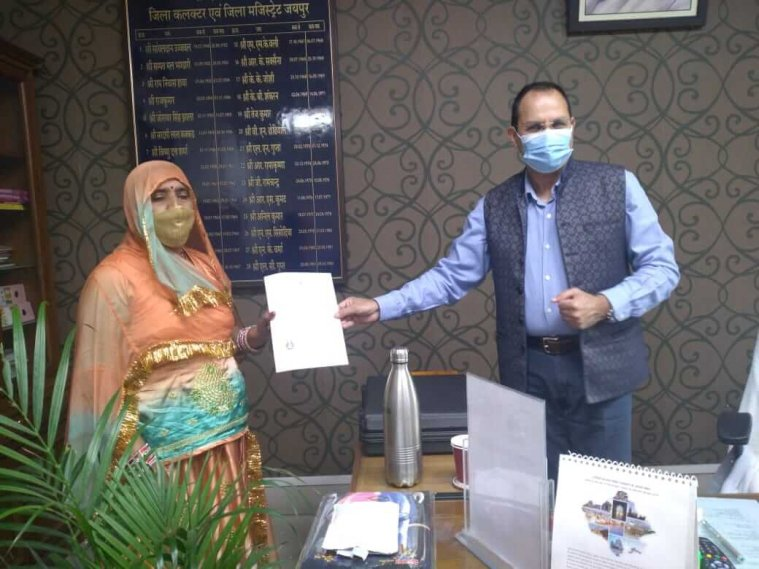 7 Pakistan displaced Indians now, District Collector gave citizenship certificate to displaced people living in Jaipur for 15 years