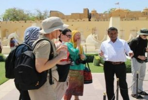 It will be expensive to visit the monuments of Rajasthan, approval to increase the honorarium of registered guides up to three times